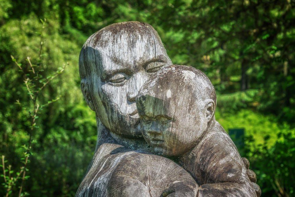 6275e-sculpture-2406078_1920.jpg