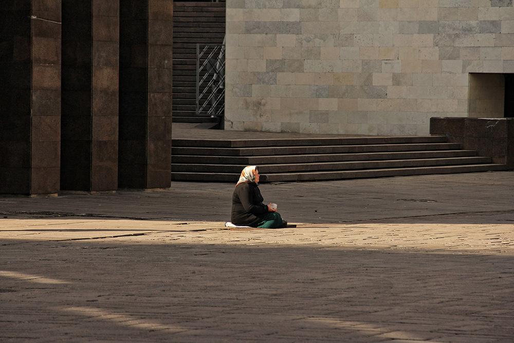 Beggar, Latvia