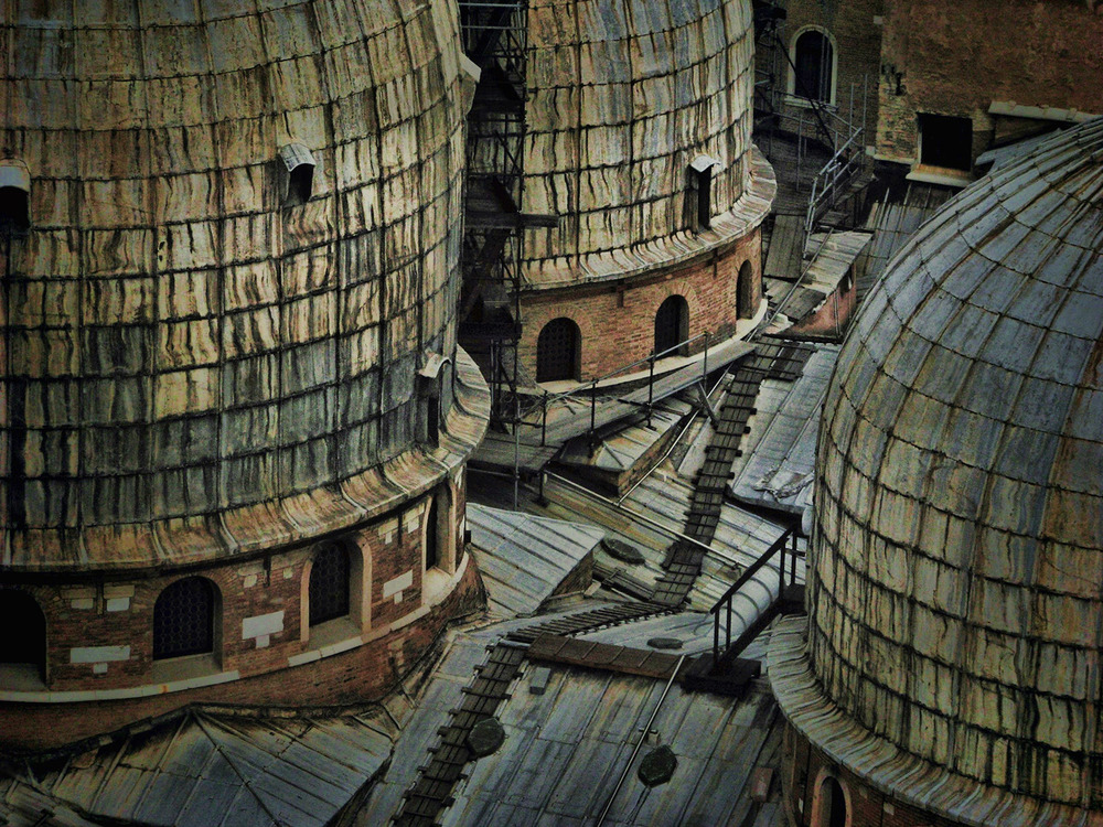 Roof ladders, Venice Italy