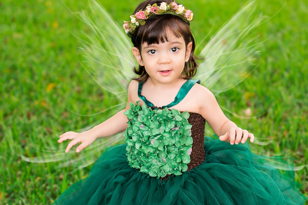 wellington-children-photography-photographer-kids-west-palm-south-florida-photos-outdoor-couture-fairy-wings-beautiful-magical-broward-lake-worth-boca-fairies-wings-photoshoot-jupiter-family-tutu-.jpg