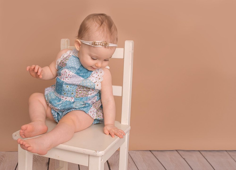 west-palm-south-florida-baby-photographer-one-year-portrait-studio-floral-jill-calefate-web.jpg