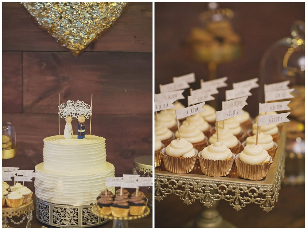 The Roxbury Barn Wedding Venue | Wedding Cake and cupcakes | Barn Wedding