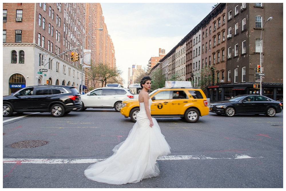 New York Wedding Inspiration | New York City | Real weddings, engagements and inspiration for the modern NY Bride | www.redoakweddings.com