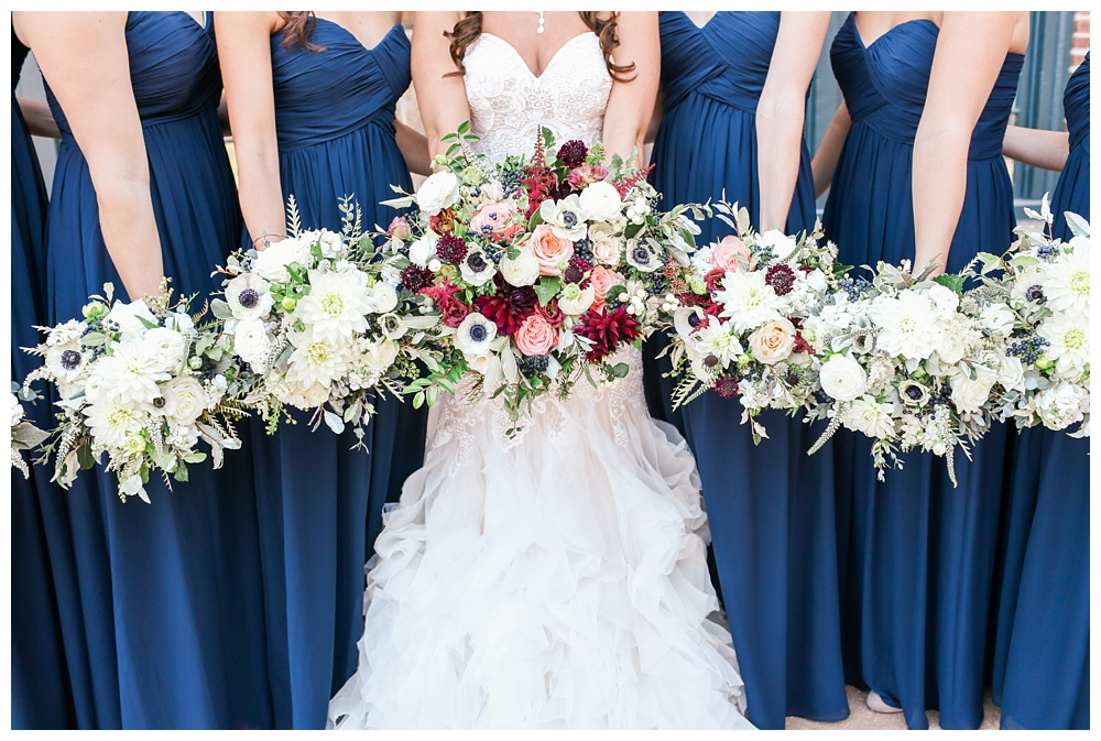 Pennsylvania Weddings | Phoenixville Foundry | Real weddings, engagements and inspiration for the modern PA Bride | www.redoakweddings.com