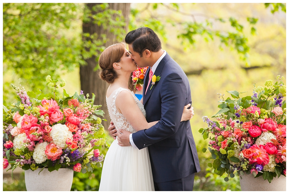 New York Weddings | New Leaf Restaurant | Real weddings, engagements and inspiration for the modern NY Bride | www.redoakweddings.com