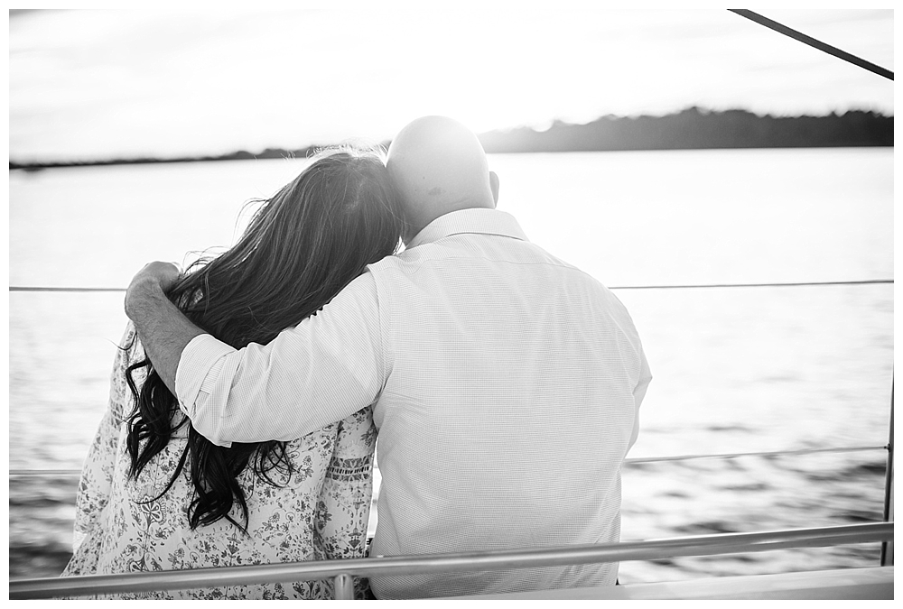 New Jersey Engagements | Red Bank, NJ | Real weddings, engagements and inspiration for the modern NJ Bride | www.redoakweddings.com