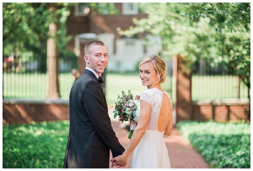 PA Weddings | La Peg, Philadelphia, PA | Real weddings, engagements and inspiration for the modern PA Bride | www.redoakweddings.com