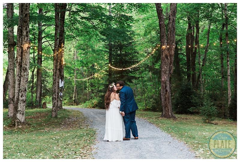 New York Weddings | The Roxbury Barn & Estate, Roxbury, NY | Real weddings, engagements and inspiration for the modern NY Bride | www.redoakweddings.com