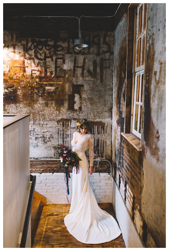 Pennsylvania Wedding Inspiration | The Hingework Creative Lab, Lancaster City, PA | Real weddings, engagements and inspiration for the modern PA Bride | www.redoakweddings.com