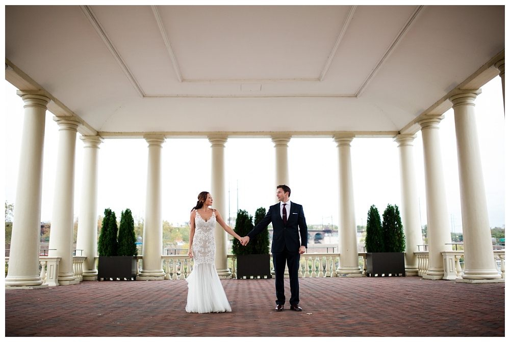 Pennsylvania | Fairmount Water Works Philadelphia, PA | Real weddings, engagements and inspiration for the modern PA Bride | www.redoakweddings.com