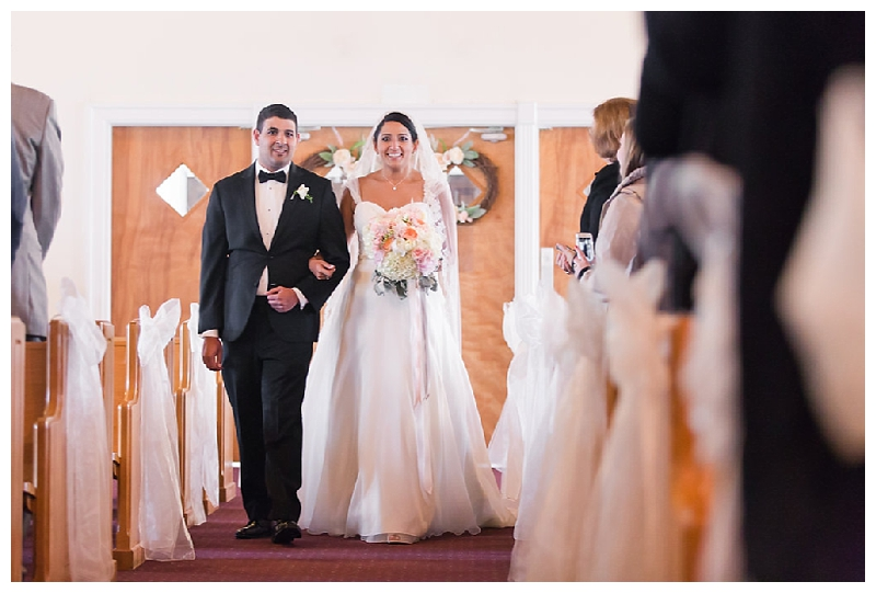 New York Weddings | The Old Field Club, East Setauket, NY | Real weddings, engagements and inspiration for the modern NY Bride | www.redoakweddings.com