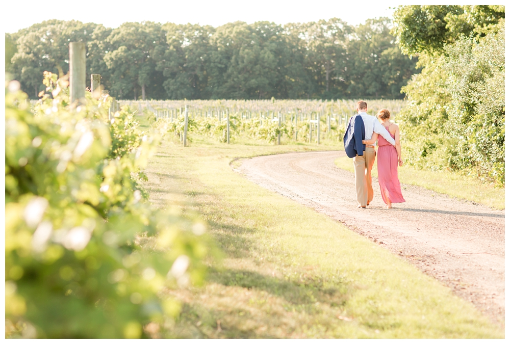 New Jersey Engagements | Laurita Winery, New Egypt, NJ | Real weddings, engagements and inspiration for the modern nj Bride | www.redoakweddings.com