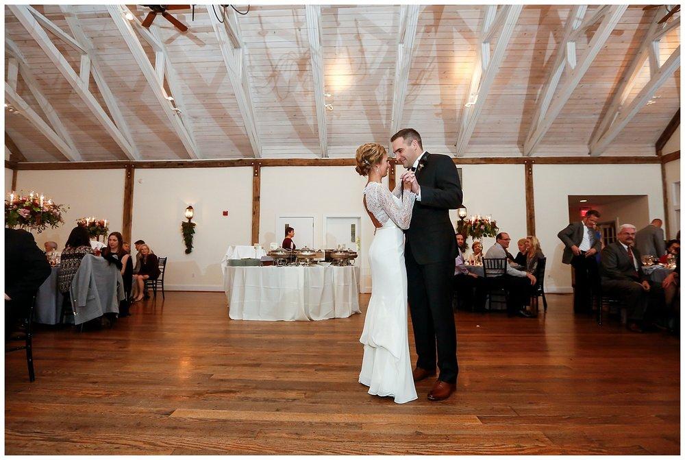 Pennsylvania Weddings | Riverdale Manor | Lancaster, PA | www.redoakweddings.com
