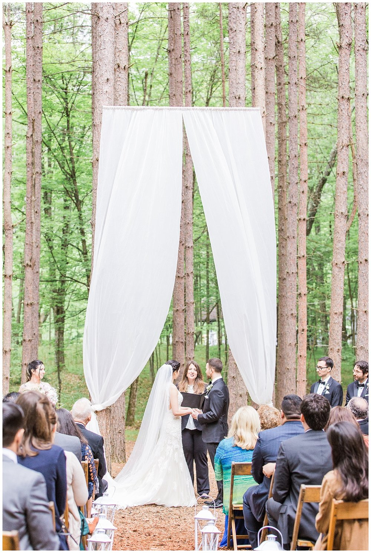 Hudson Valley Wedding | The Roxbury Barn & Estate | Roxbury, NY | www.redoakweddings.com