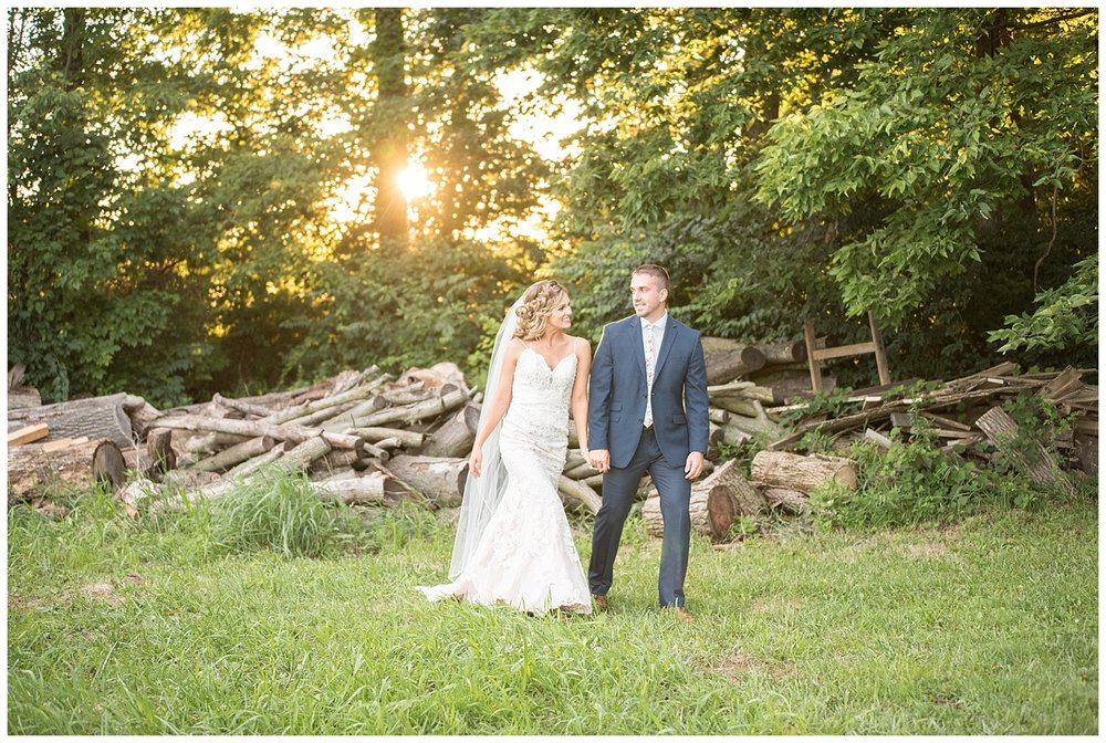 Harrisburg PA Private Estate Wedding | East Berlin, Pennsylvania | www.redoakweddings.com