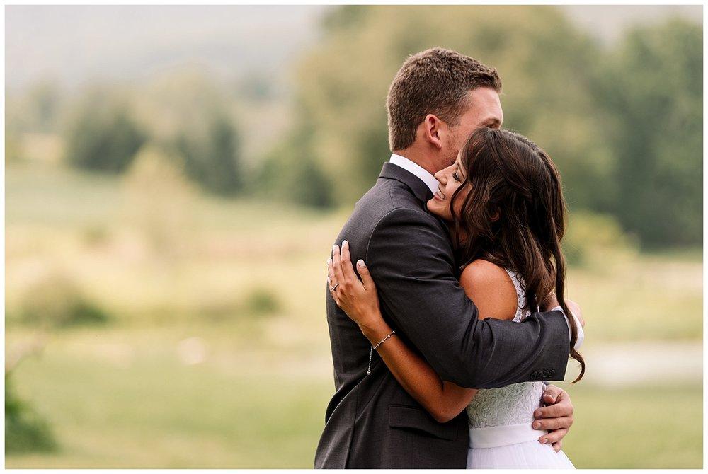 Pittsburgh Weddings | Gillbrook Farms | Warriors Mark, PA | www.redoakweddings.com