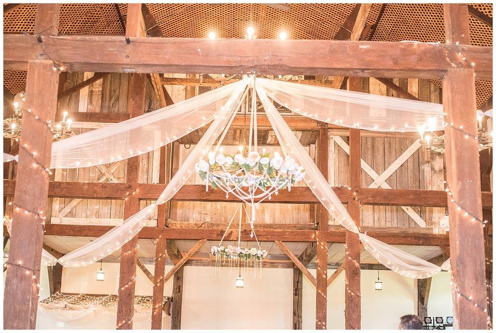 Pittsburgh Weddings | The Barn at Ligonier Valley | Ligonier, PA | www.redoakweddings.com