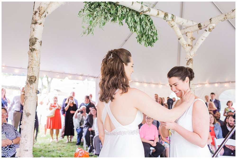 Hudson Valley Weddings | Stone Tavern Farm | Roxbury, NY | www.redoakweddings.com