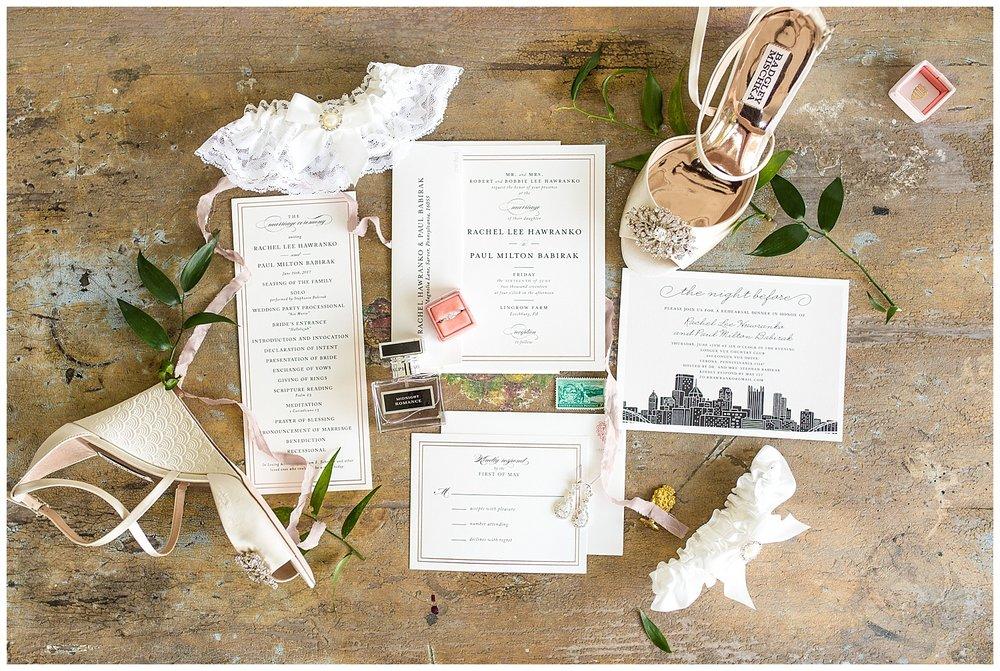Pittsburgh Weddings | Lingrow Farms Wedding | Leechburg, PA | www.redoakweddings.com