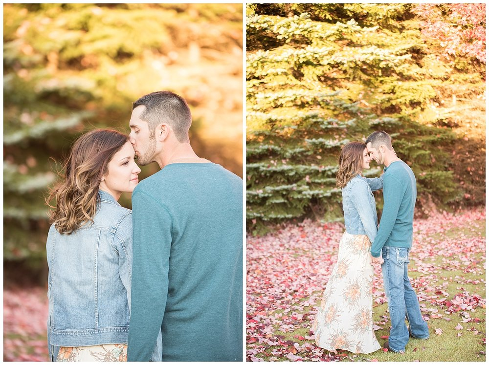 Fall Engagement Session | State College, Pennsylvania | www.redoakweddings.com