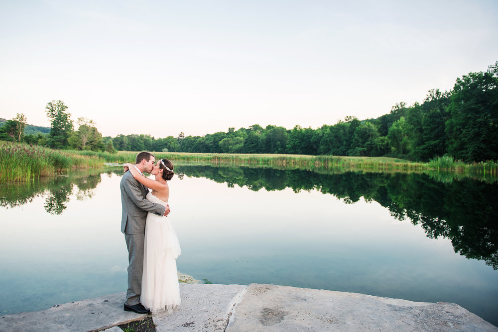 Red Oak Weddings Events | A Live Wedding Experience at Wolf Oak Acres