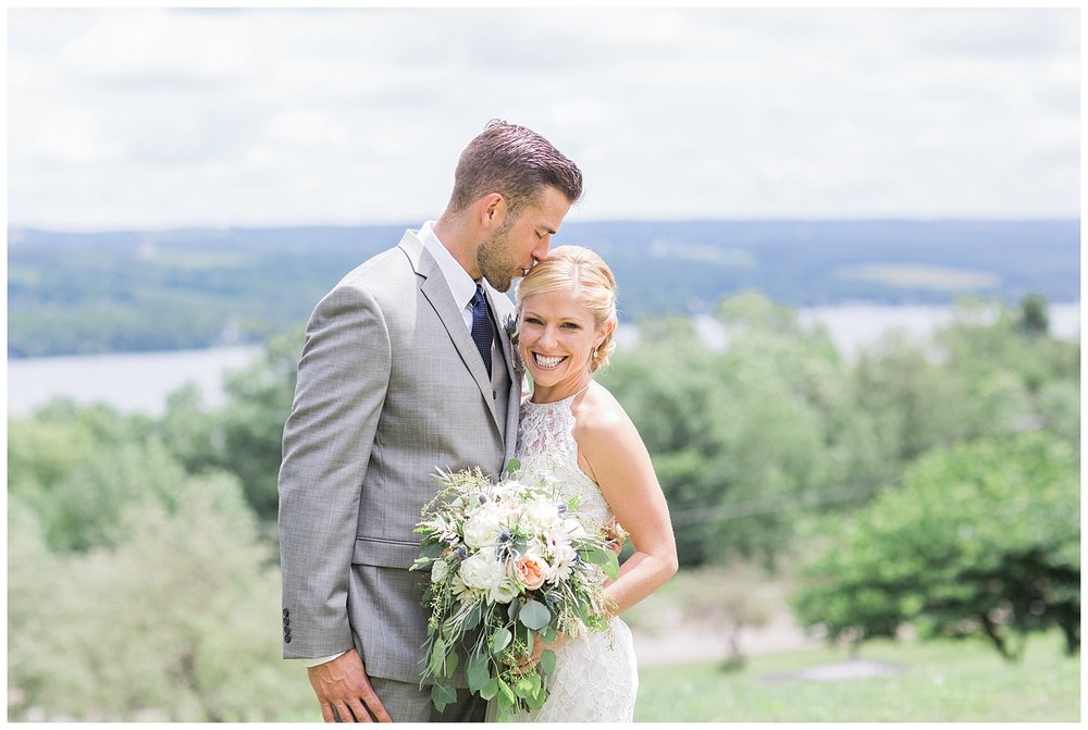 Finger Lakes Weddings | Penn Yan, New York | www.redoakweddings.com