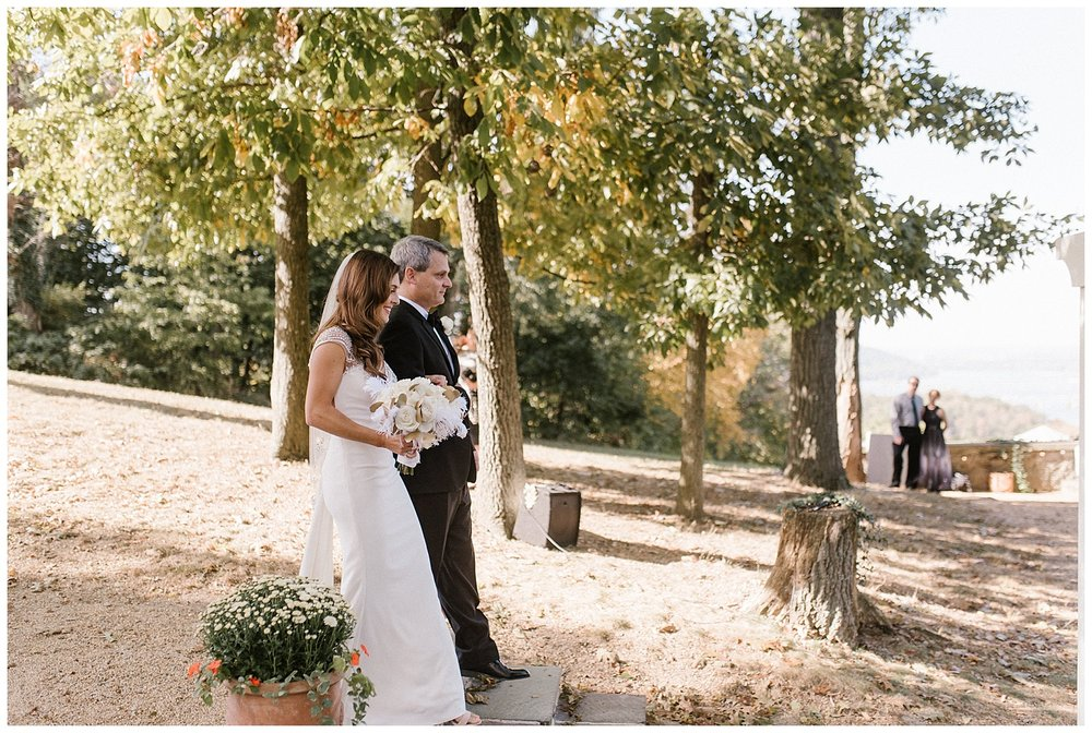Lauxmont Farms Weddings | Pennsylvania Farm Weddings | Wrightsville, PA | www.redoakweddings.com