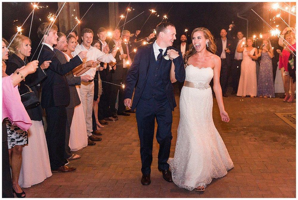 Jersey Shore Weddings | Winery Wedding | Willow Creek Winery | Cape May, NJ | www.redoakweddings.com
