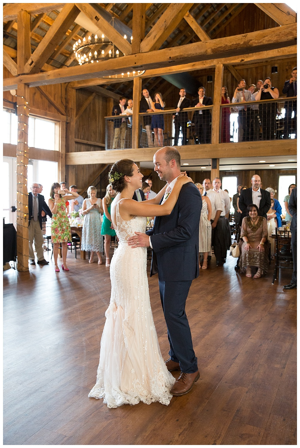 Central New York Weddings | Red Barn 20 at Windridge Estate | Cazenovia, NY | Syracuse Weddings | www.redoakweddings.com