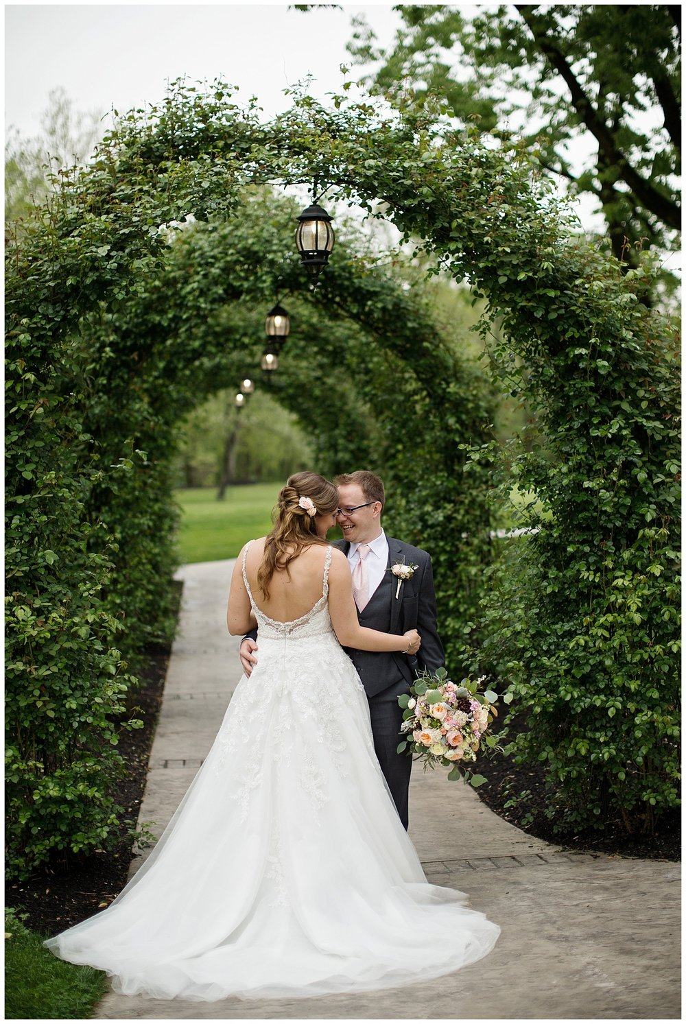 Moonstone Manor Weddings | Elizabethtown, PA | Pennsylvania Weddings | www.redoakweddings.com