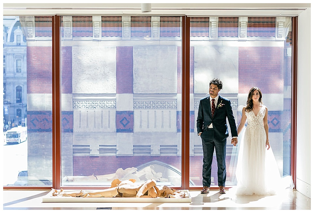 Historic Modern Wedding Inspiration |Pennsylvania Academy of Fine Arts | Philadelphia, PA | Philly Weddings | www.redoakweddings.com