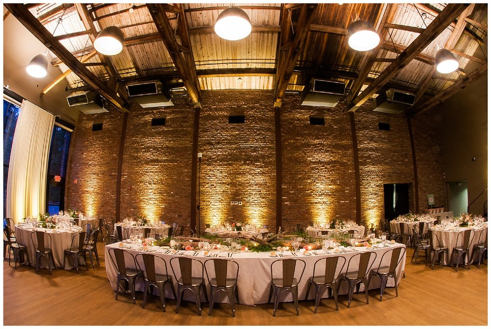 Hudson Valley Wedding | The Roundhouse Weddings | Beacon, NY | www.redoakweddings.com