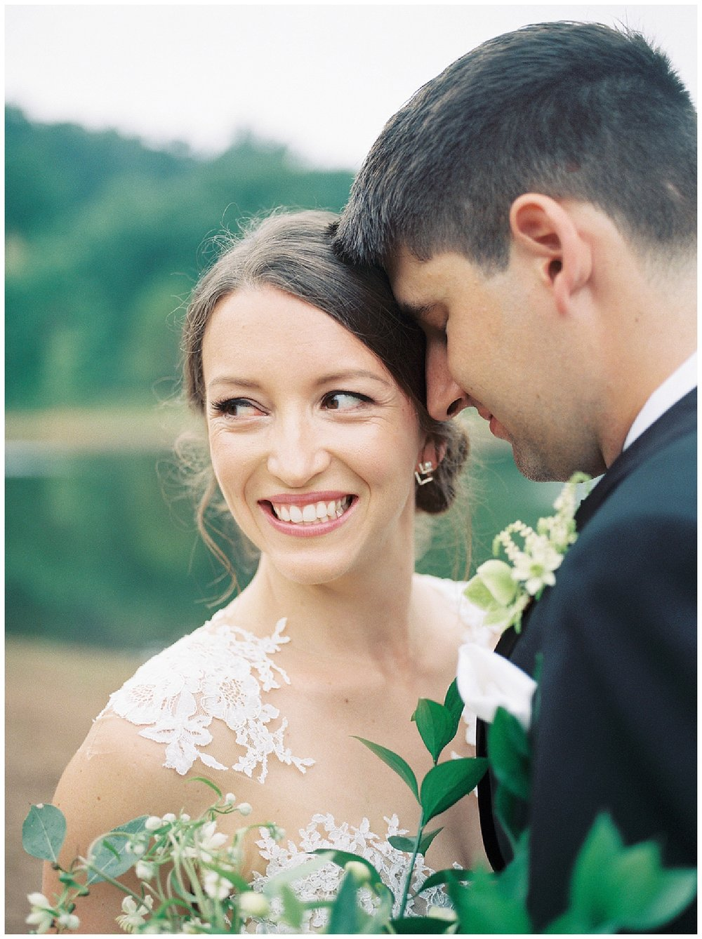 Elegant Farm Wedding | Hopeland Farm Lititz, PA | Pennsylvania Weddings | www.redoakweddings.com