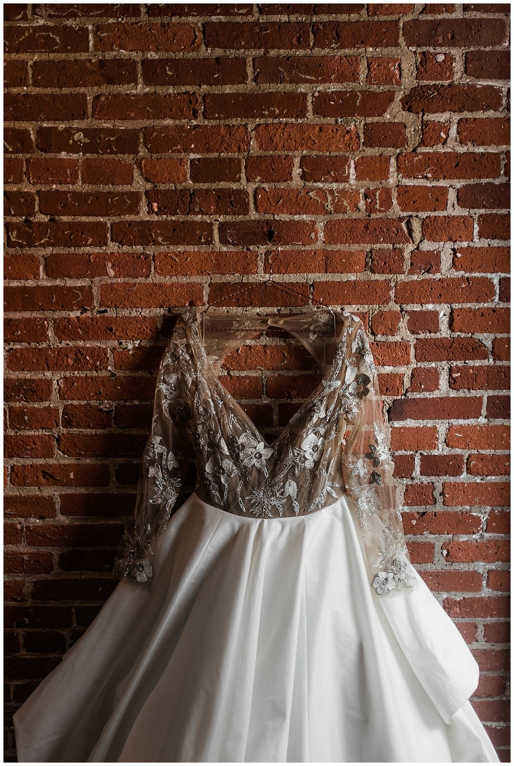 Cork Factory Hotel Wedding | Lancaster, PA | www.redoakweddings.com