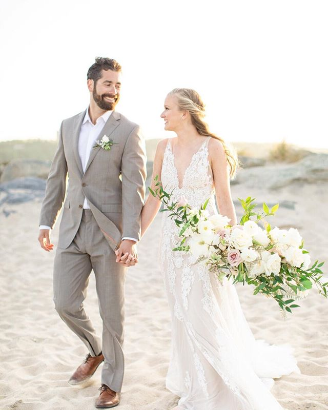 The chilly days of January are still ahead of us, so it doesn't hurt to start dreaming of some sunshine and warm spring days, right?! This Ethereal wedding inspiration is exactly what we needed today: romantic, beachy and oh-so lovely. Dreamed up by the talented Mallory Weiss and Ashley Mac Photographs, this styled shoot is proof that Sandy Hook is one of the prettiest places in the state. Combine that with vintage decor, stunning florals and an unmatched view, it's absolute perfection. See more on the blog! . PHOTOGRAPHER: @ashleymacphotographs WEDDING PLANNER: @malloryweissplanning VIDEOGRAPHER: @reggioproductions FLORIST: @cassandrashahflowers STATIONER (INVITATIONS): @adornmarket BAKER: @thevintagecake RING DESIGNER: @johnsendiamond COCKTAILS + BAR: @cocktailcaravanbar FARM TABLE RENTAL: @pauldavidpartywares HAIR: @bohobridalhair MAKEUP: @makemeup_eva SMALL DESSERTS: @antoinetteboulangerie DRESS SHOP: @sarasbridalnj22 MENSWARE: @michaelduruclothiers TABLE TOP DECOR: @westelmredbank . .  #Redoakweddings #newjerseywedding #njwedding #njweddings #njbride #newyorkwedding #nywedding #nybride #hudsonvalleyweddings #pennsylvaniawedding #pawedding #weddinginspiration #njweddingvendors #nyweddingvendors #paweddingvendors #weddinginspiration #weddinginspo #weddingwednesday #risingtidesociety #weddingblogger #njweddingplanner #njweddingphotographer #styledshoot #jerseyshorelocal #newjersey #makewavesmonday #minimalistwedding #organicwedding #summerwedding #jerseyshoreweddings