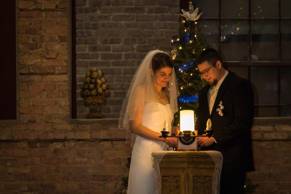 ben_sierra_starline_factory_wedding_11.jpg