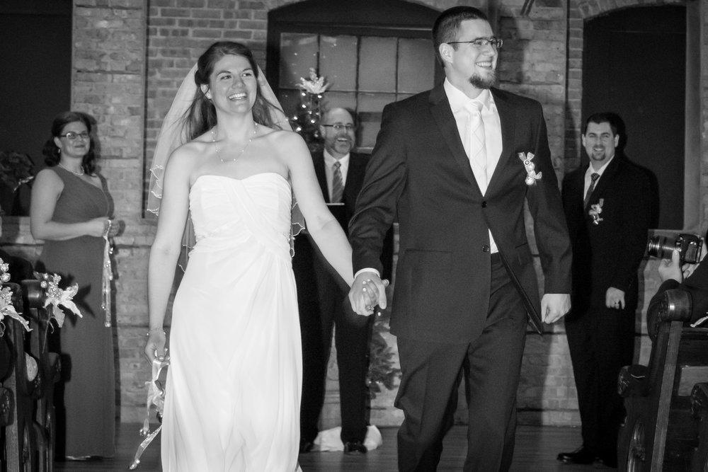 ben_sierra_starline_factory_wedding_12.jpg
