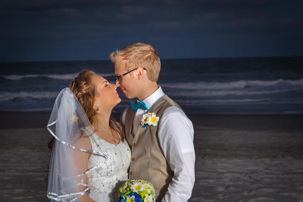 victoria_blaine_destination_wedding_romance_ocean_flower