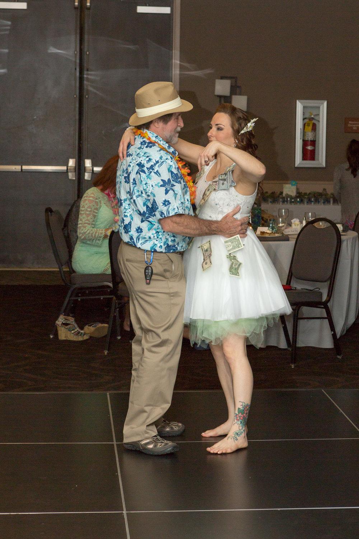 bride_groom_money_dance_reception_5.jpg