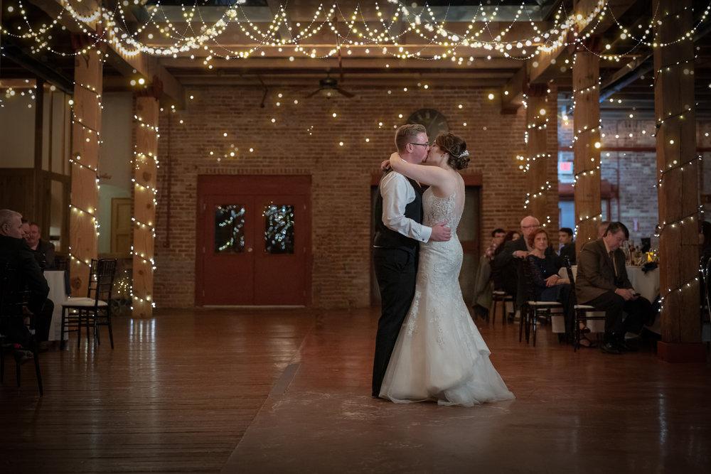 kelly_bryan_wedding_starline_factory-102.jpg