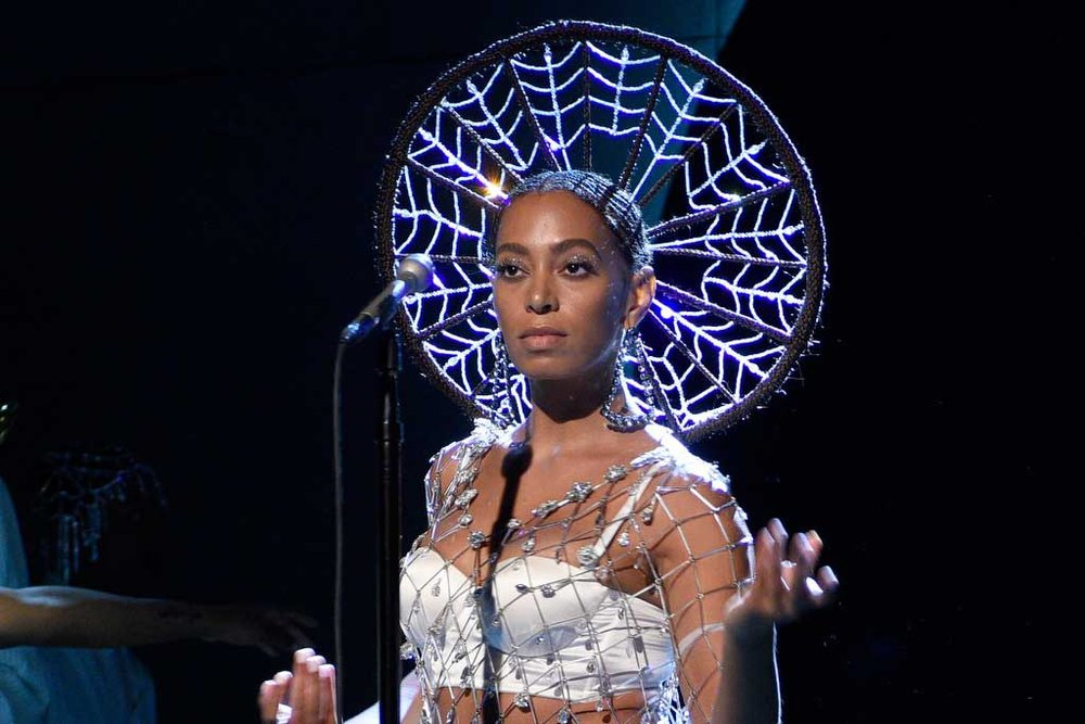 solange-knowles-silver.jpg