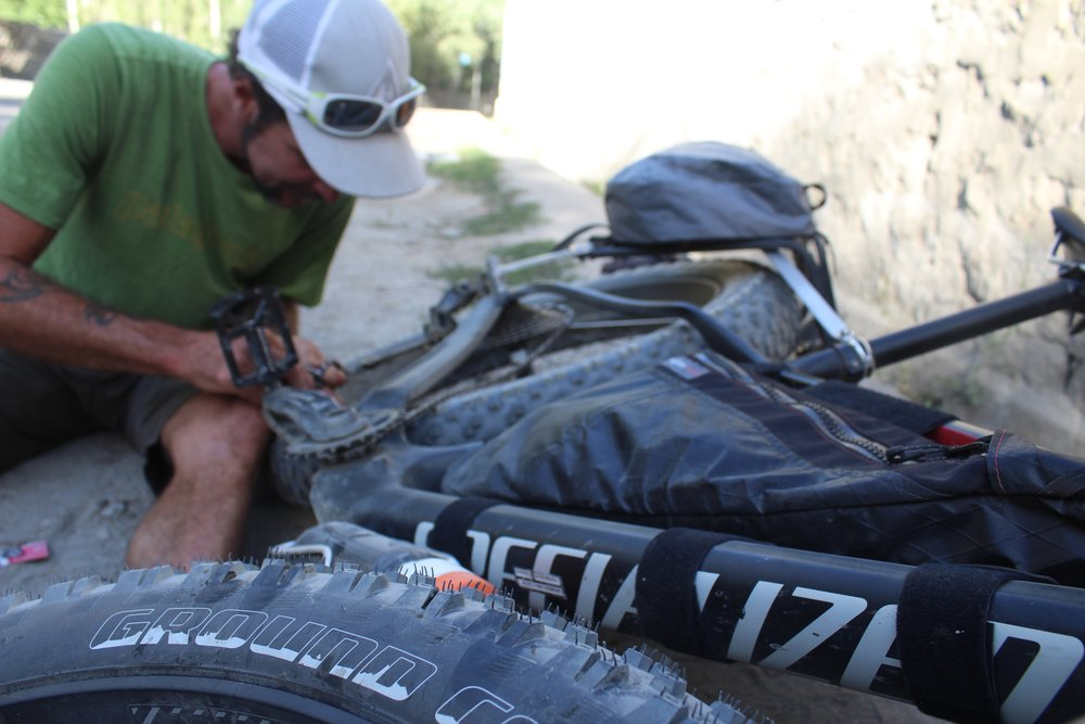 Doom broke a chain like 10 minutes outta town. Good thing he's a bike ninja, we were on the road in no time.