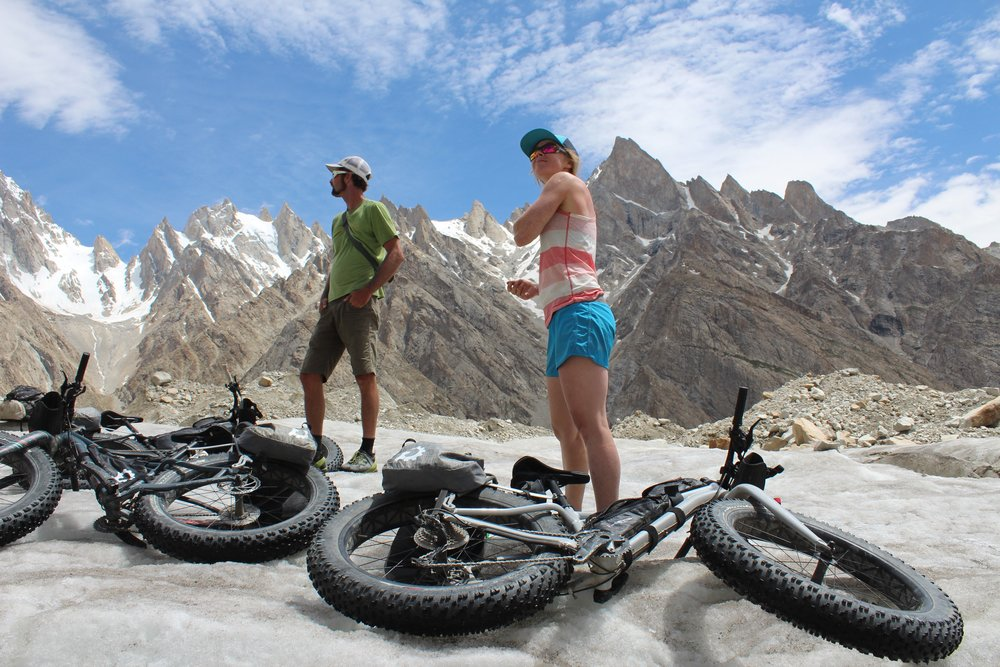 jewell and doom sunscreening up.