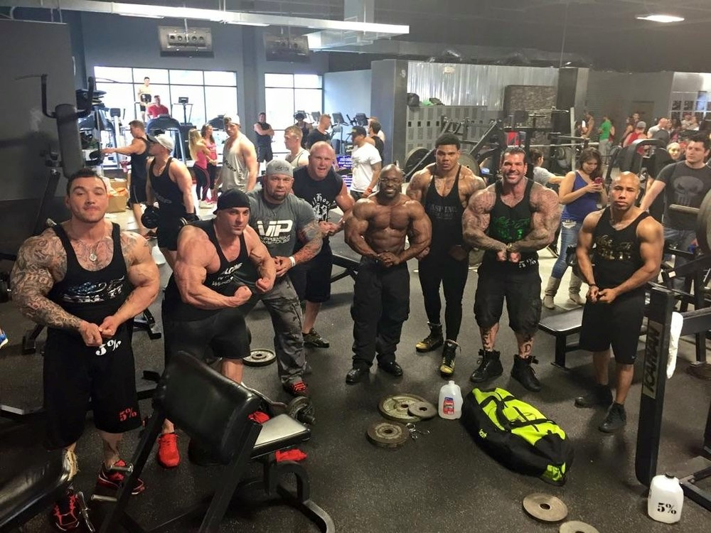 This is basically what the scene looked like at Gold's (from Rich Piana's Facebook Page)