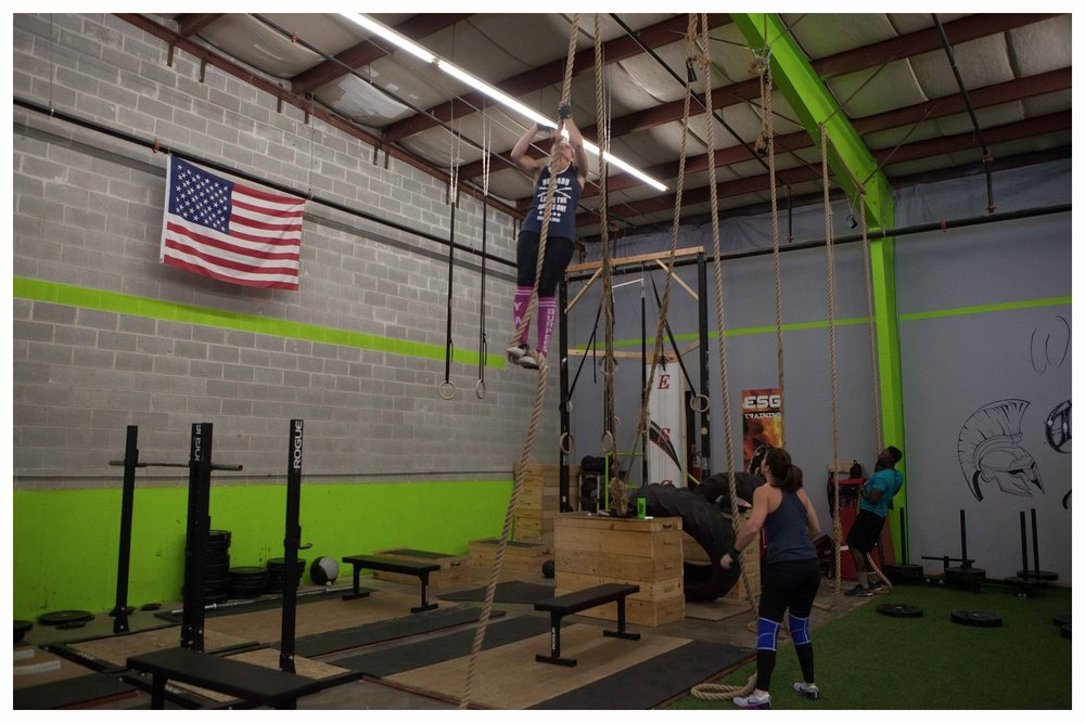 crossfit-hoffman-estates-gym-ropes_a.jpg