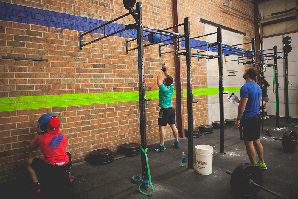 crossfit-hoffman-estates-2017-img272-144.png