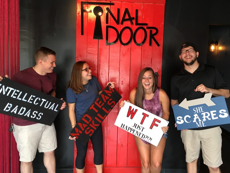 the-final-door-escape-room-columbia-sc-team-pic-four-person-group-small.jpg