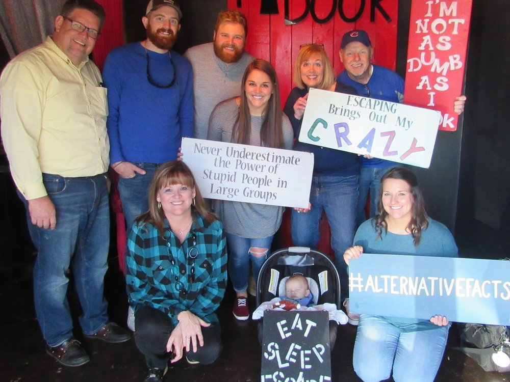 the-final-door-escape-room-columbia-sc-team-pic-nov-24-2017-02.jpg