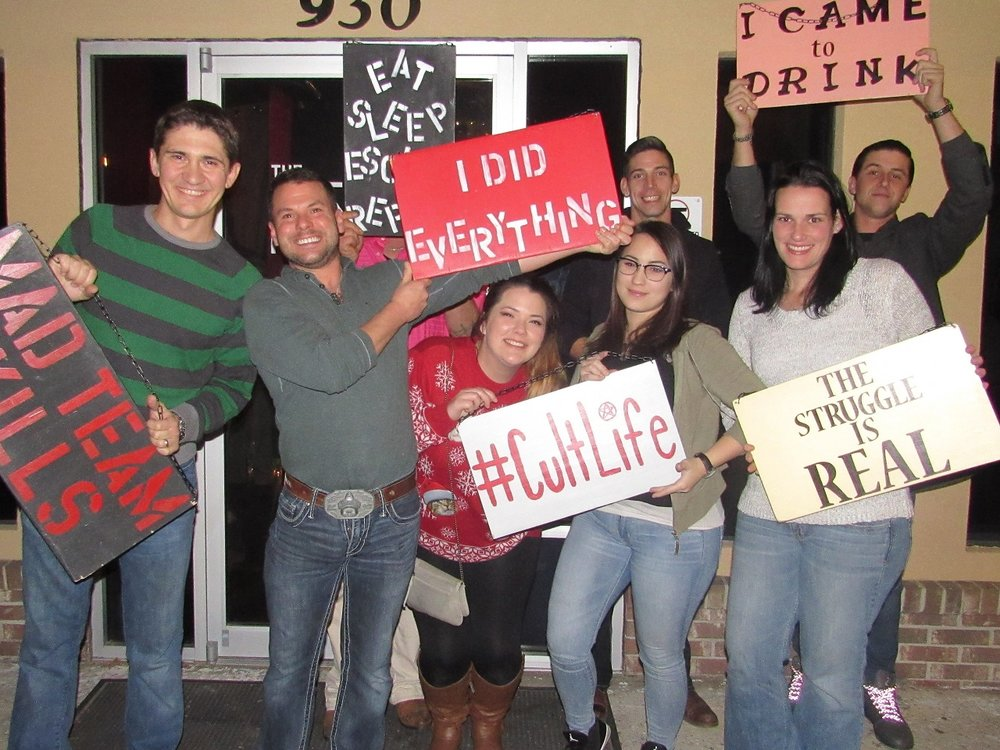 the-final-door-escape-room-columbia-sc-team-pic-dec-15-2017-17.jpg