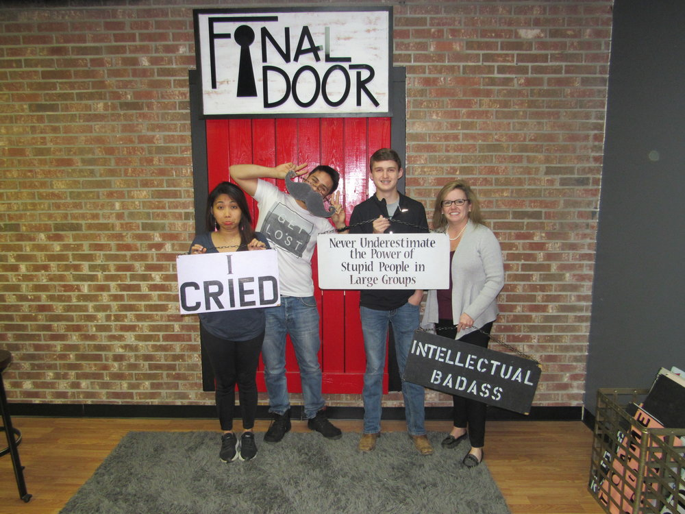the-final-door-escape-room-columbia-sc-team-pic-march-15-2018-4.JPG